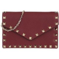 Valentino Crossbody Bags Rockstud Envelope Shoulder Bag Cerise - in rot - Umhängetasche für Damen